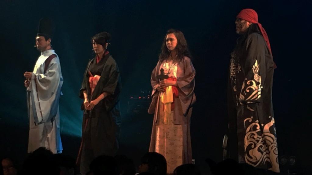 左から、安倍晴明、お市の方(陰陽師軍)、細川ガラシャ(黒魔術軍)、そして藤原純友(魔界水軍)